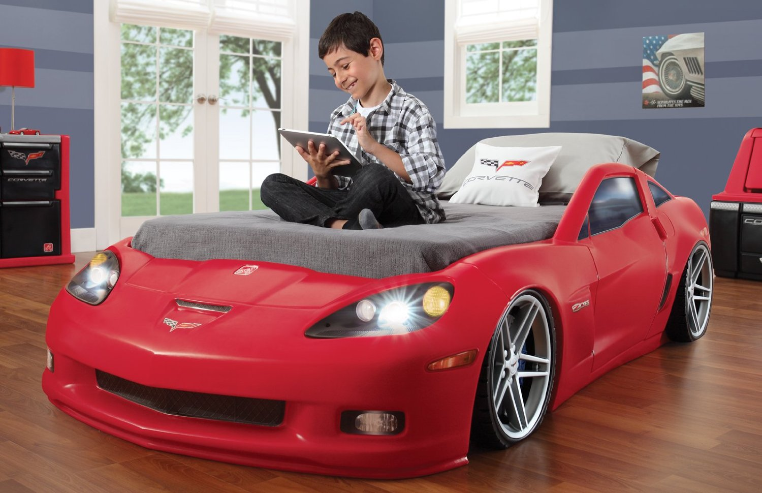 Charming Corvette Car Bed With Lights