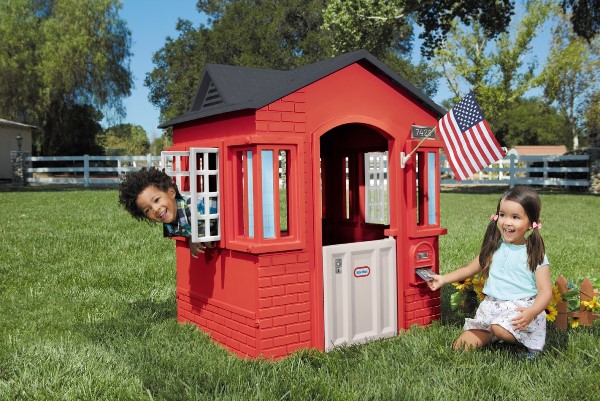 Little Tikes Cape Cottage Playhouse - Best Outdoor Playhouses