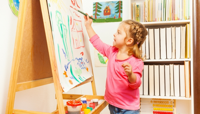 Best Easels for Toddlers - Spark creativity in kids by having them play with an easel.